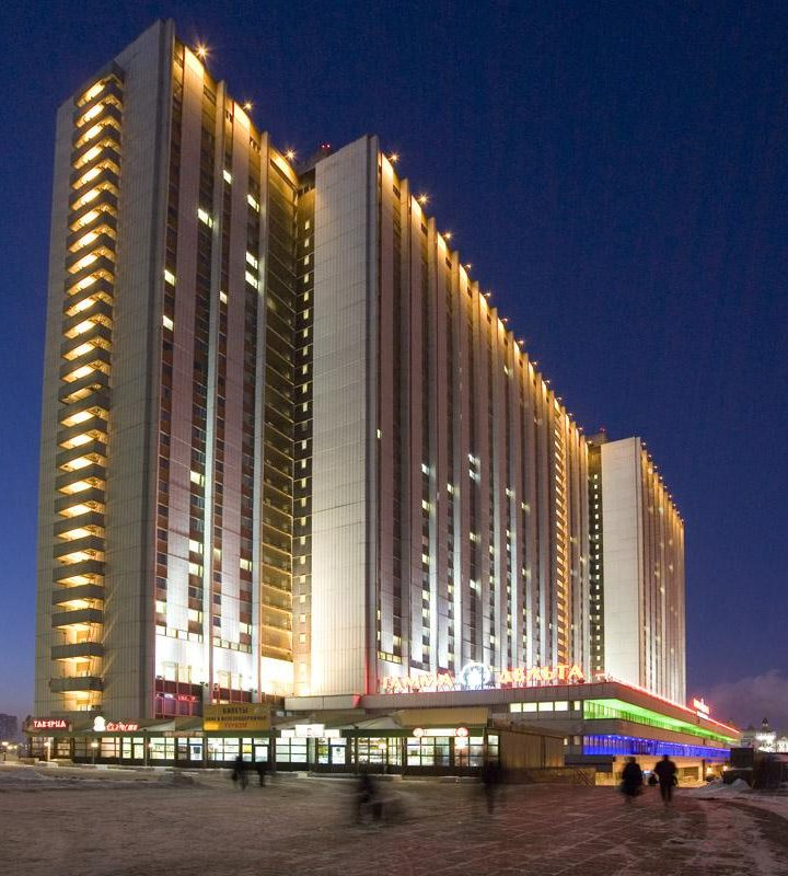 10 Biggest Hotels In The World: The Highest Number Of Rooms To Stay In